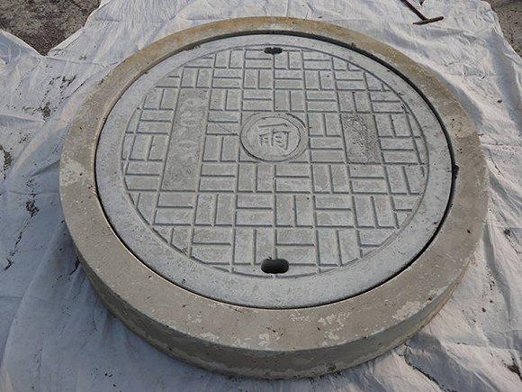 窨井盖是最酷炫的街头印刷机